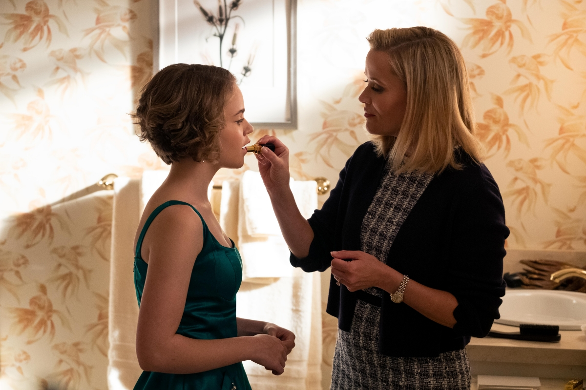 Megan Stott and Reese Witherspoon in Little Fires Everywhere