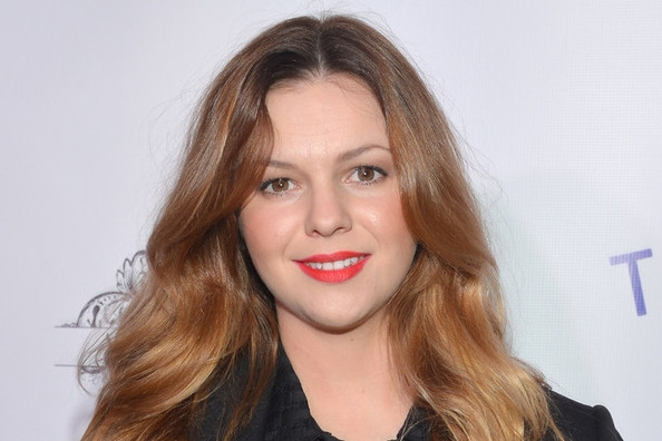 "Harperamber: ""Two And A Half Men"" Adds Amber Tamblyn As Charlie Harper"