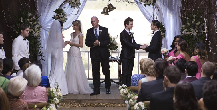 Glee pulls off surprise double wedding for fan favorites kurt and forward to tonights new episode of glee for the wedding of brittany pierce and santana lopez but they got a surprise when the show made it a double junglespirit Gallery